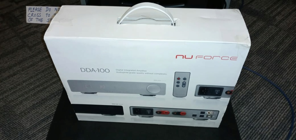 Nu Force DDA-100 amplifier with DAC 7e388d10