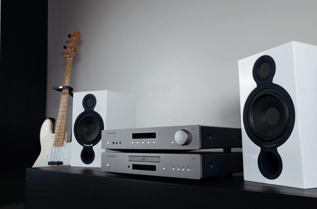 Cambridge Audio AXA35 amplifier  Axa35a12