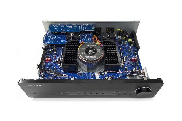 cambridge audio azur 851A amplifier  Cambri23