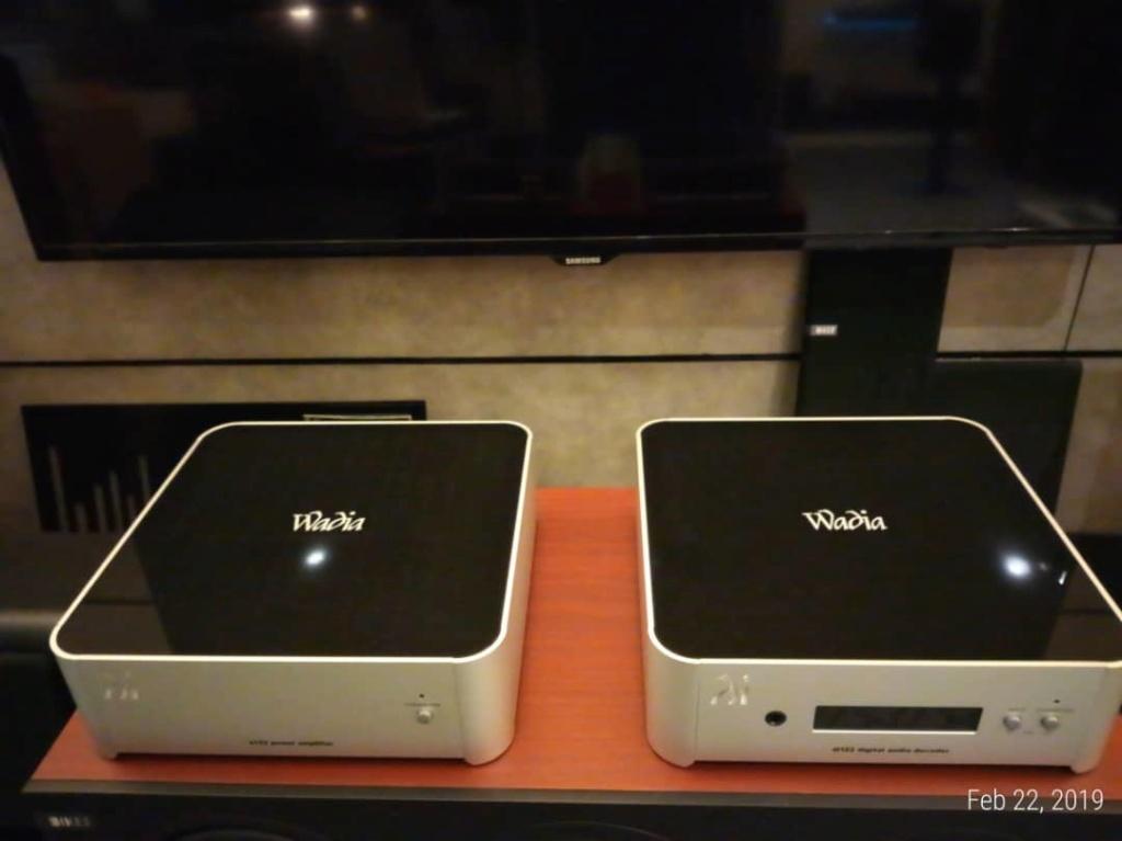Wadia DAC & Poweramp ( pre & power ) Whatsa11