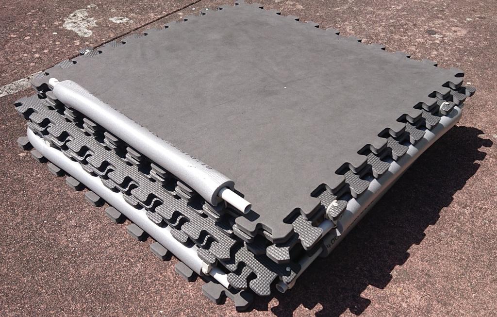 vendu, annonce a supprimer/ Vente d'une piste d'entraînement pour Mini-Z Piste-15
