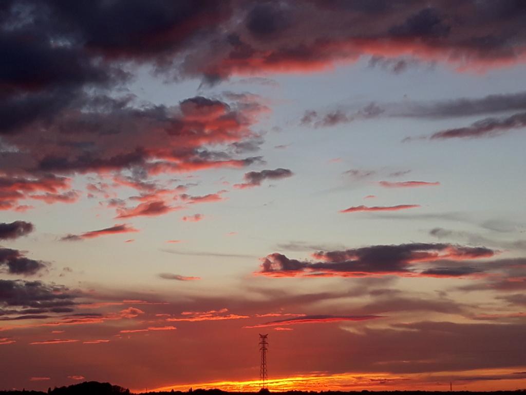 Beaux ciels, crépuscules  et nuages  20201249
