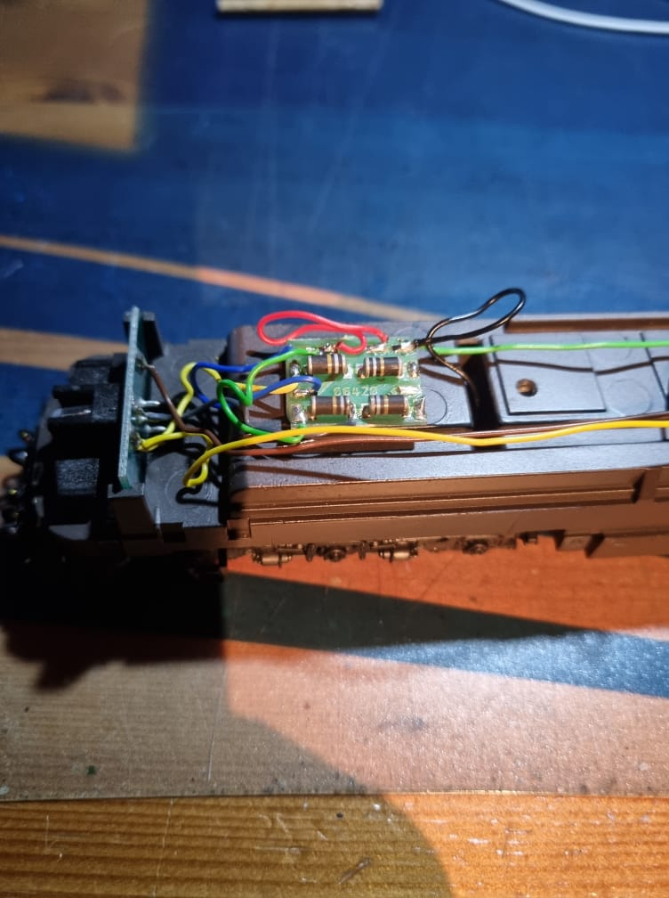 Comment digitaliser une 1800 CFL Märklin Hamo ? Intzor14