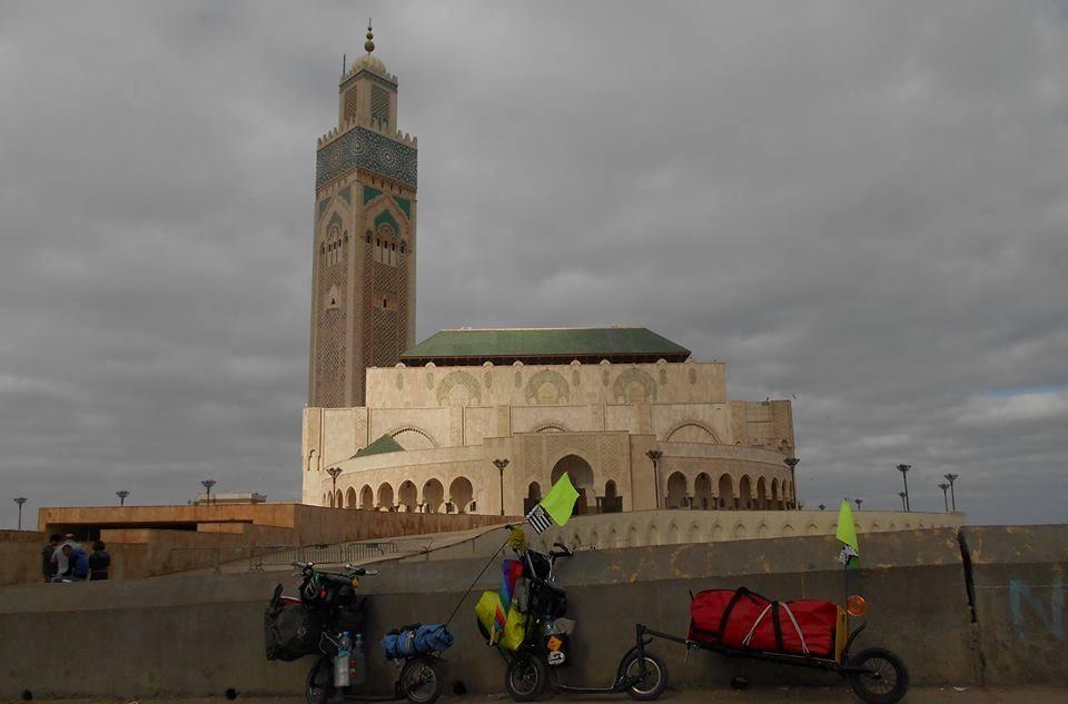 Montrez-nous vos trottinettes (que des photos, pas de commentaire svp) - Page 5 Maroc110