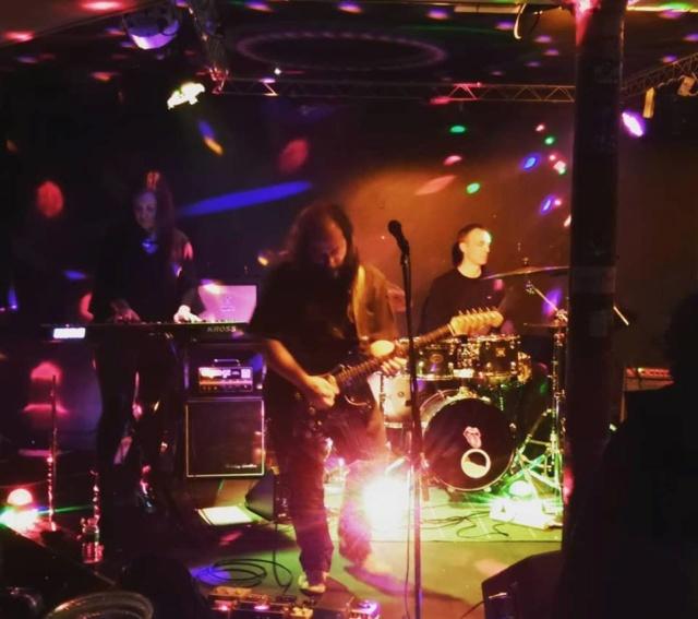 Nano Storm en concert ! Prisci10