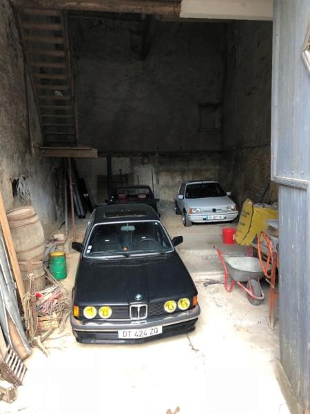 Un garage qui déborde sur la rue - Page 9 Img_2212
