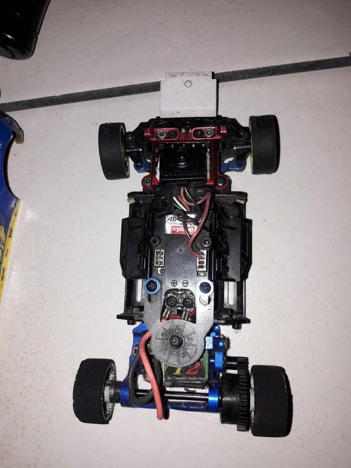 Vends mini z Mr03 asf 2.4ghz optionnée prète à rouler + accus 170€ 20180910