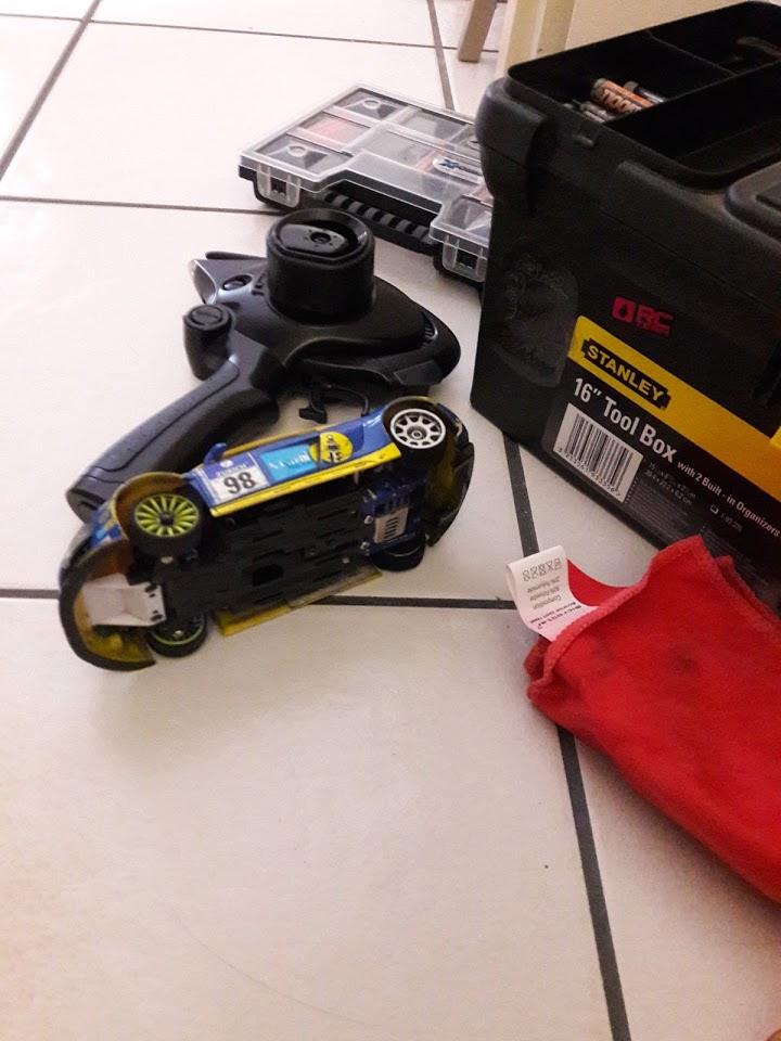 Vends mini z Mr03 asf 2.4ghz optionnée prète à rouler + accus 170€ 20180911