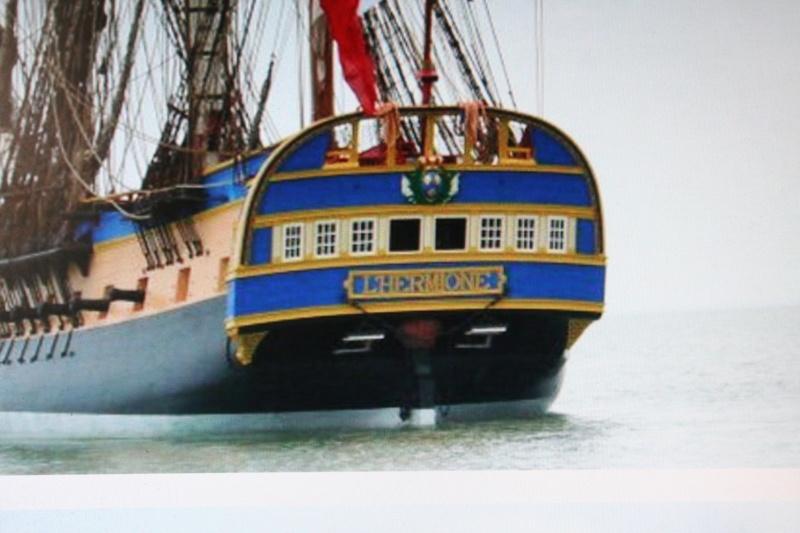 Les navires et leurs décorations Img_2312