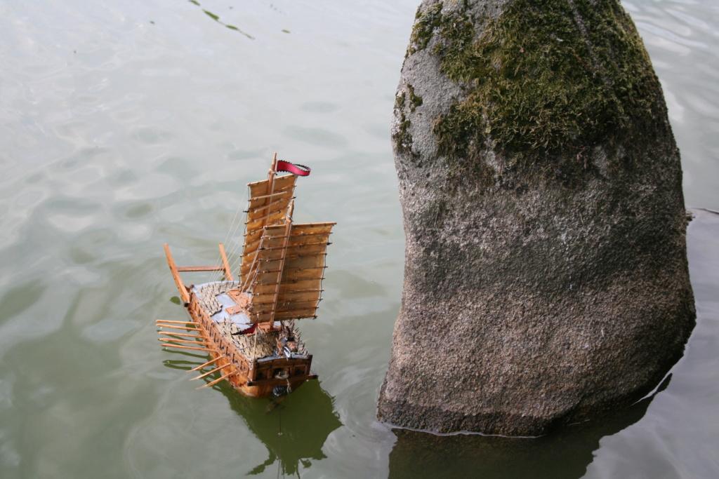 100) Le cuirassé du matin calme ou bateau-tortue par JJ Img_3069