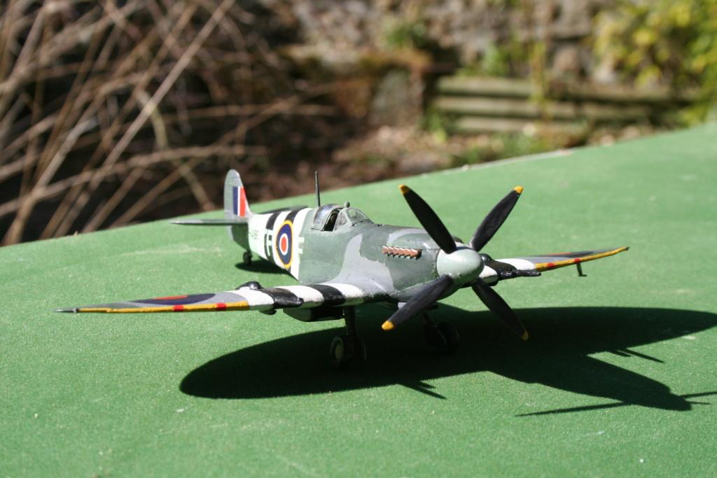 Le Spitfire IX c au 1/48 e  par OCCIDENTAL Img_3738