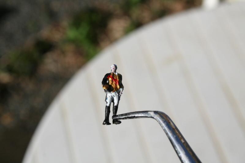 Figurines d'officiers et de marins au 1/90 Img_4426