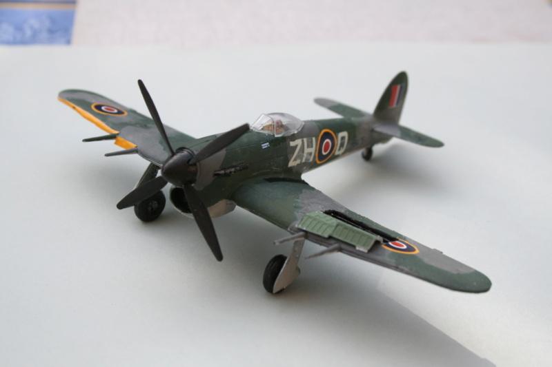 Le typhoon IB de Airfix au 1/72 e Img_4940