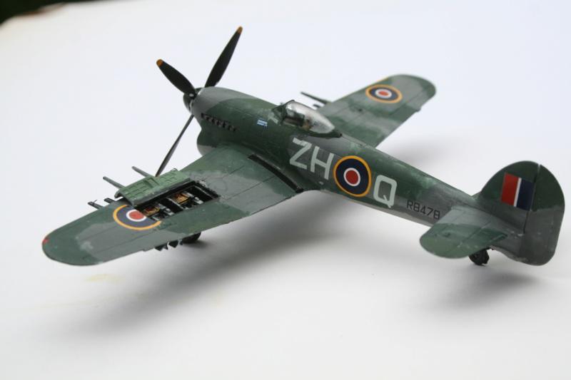 Le typhoon IB de Airfix au 1/72 e Img_4944