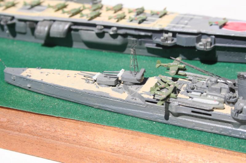Porte avion classe Zuikaku et croiseur lourd Img_6116