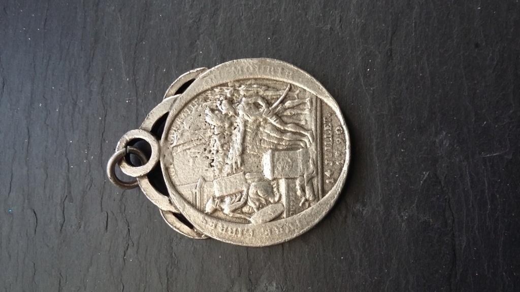 médaille ou monnaie de confiance du mal a savoir ( vrai ou copie) 20181210