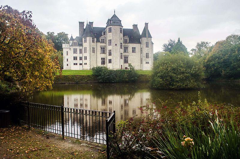 Le château des Ravalet,      et Tocqueville ... 12053510