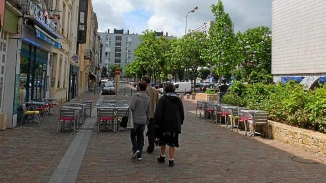 La seule rue Louis XVI en France est à Cherbourg ! 198