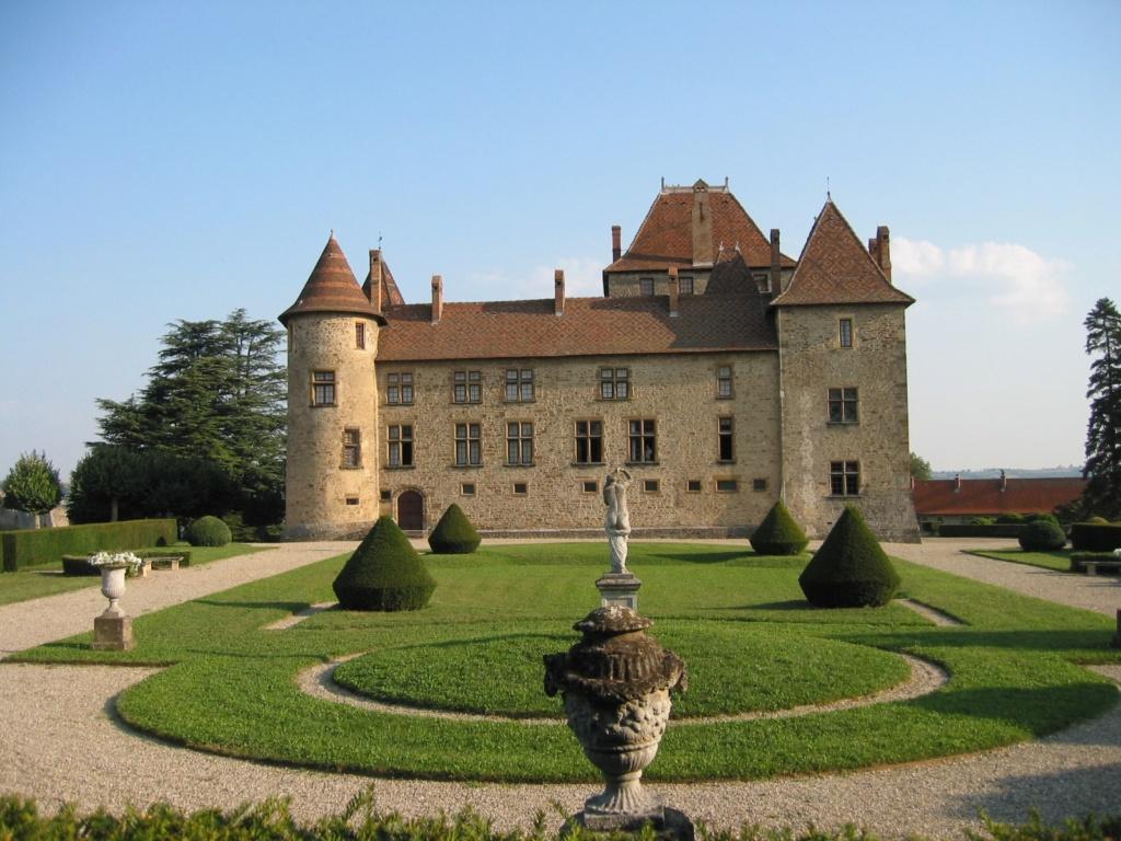 A 30 km au sud de Lyon,  le château de Septème 68659610
