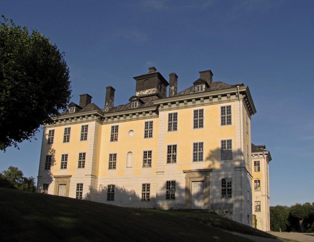 Le château de Mälsåker, résidence Fersen 912