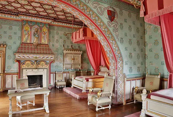 Le château de Roquetaillade Ce64c810