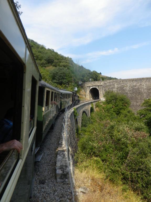 """Le """" Mastrou """" , petit train historique de l'Ardèche Imgp0430"""
