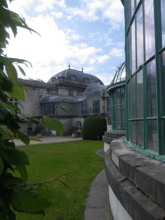 Belgique :  les Serres royales de Laeken Imgp0833