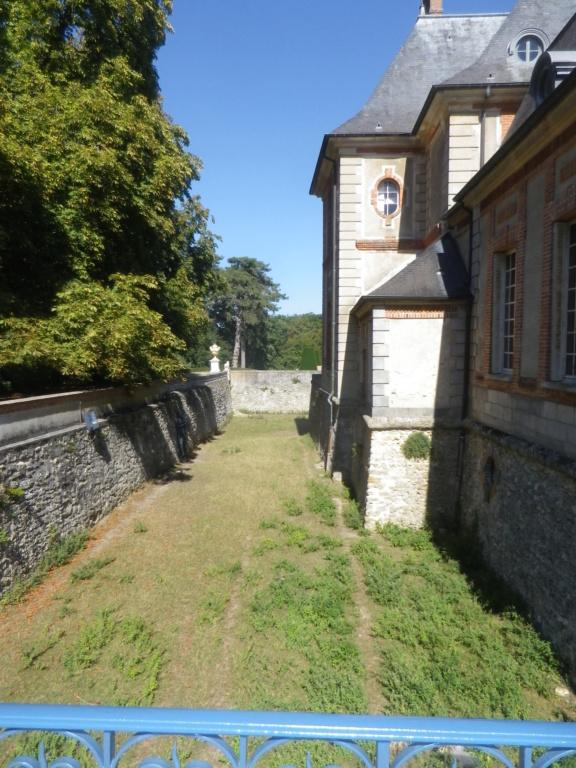 Le château de Breteuil Imgp1248