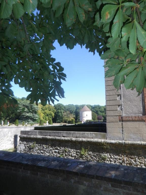 Le château de Breteuil Imgp1251