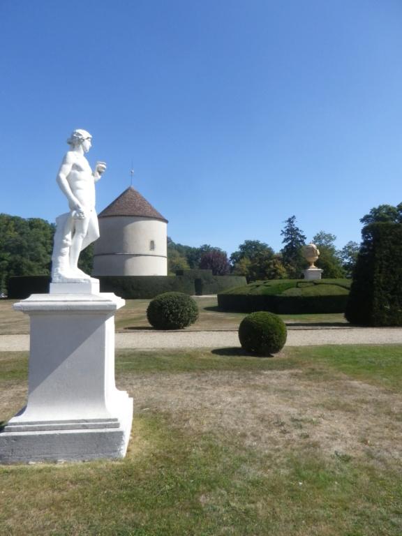 Le château de Breteuil Imgp1256