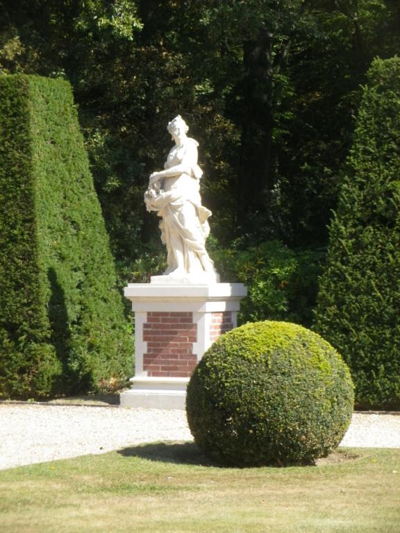 Le château de Breteuil Imgp1259