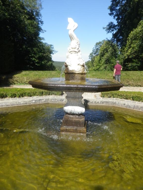 Le château de Breteuil Imgp1265