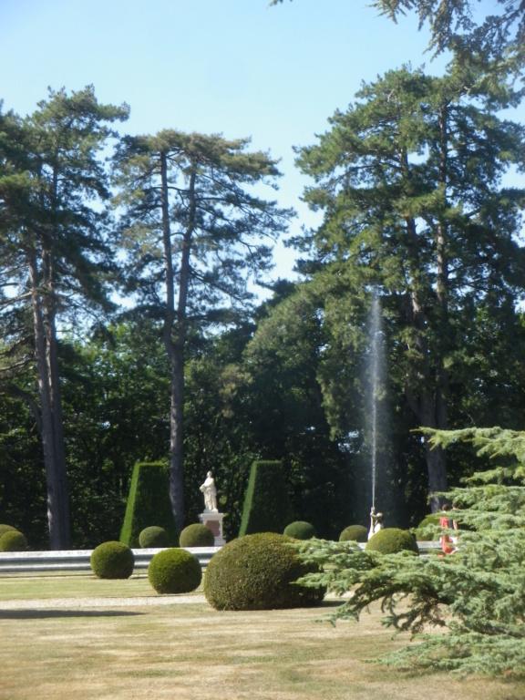 Le château de Breteuil Imgp1276