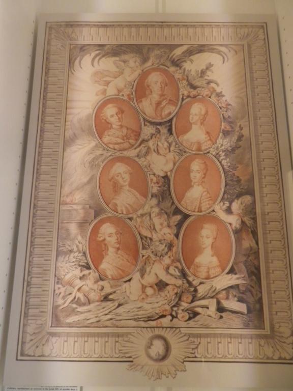 Exposition « L'anti Marie-Antoinette : Marie-Joséphine Louise de Savoie » à la chapelle expiatoire Imgp1299