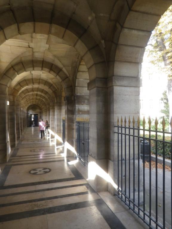 La Chapelle Expiatoire du square Louis XVI, à Paris - Page 2 Imgp1303