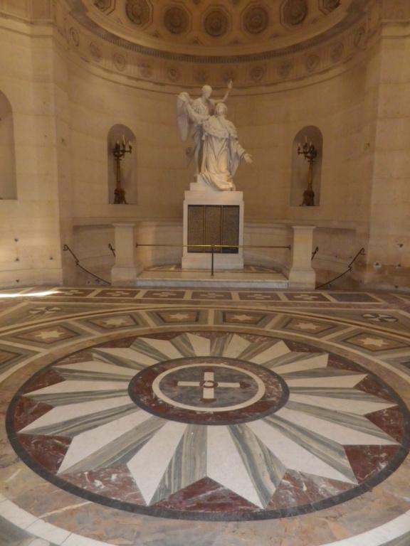 La Chapelle Expiatoire du square Louis XVI, à Paris - Page 2 Imgp1306