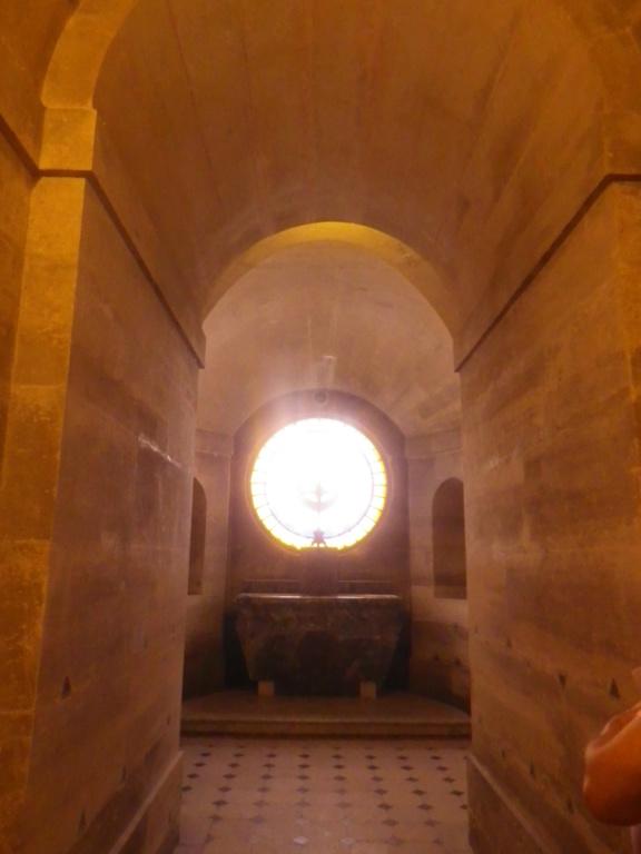 La Chapelle Expiatoire du square Louis XVI, à Paris - Page 2 Imgp1309