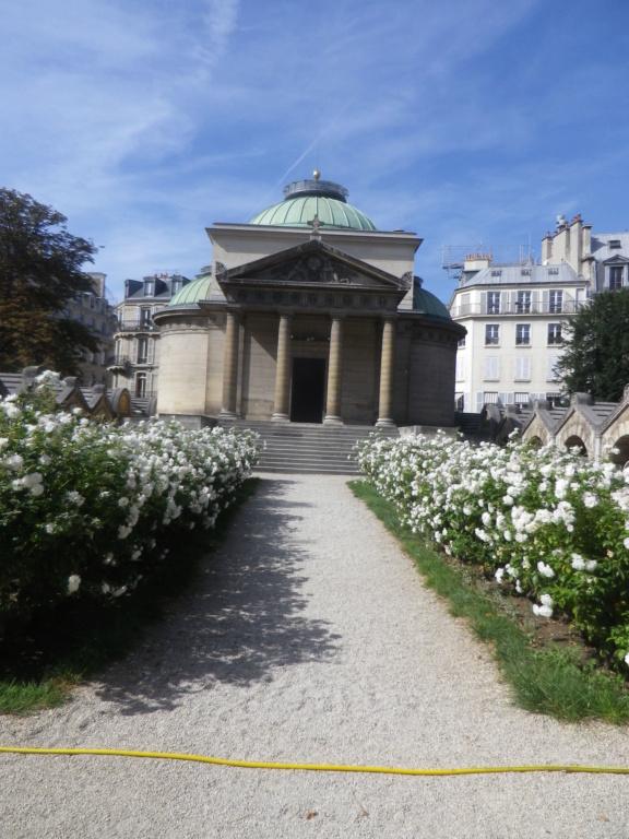 La Chapelle Expiatoire du square Louis XVI, à Paris - Page 2 Imgp1314