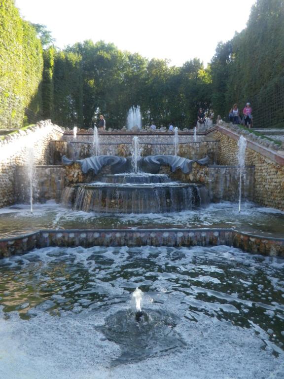 Les Grandes Eaux musicales de Versailles - Page 4 Imgp1366