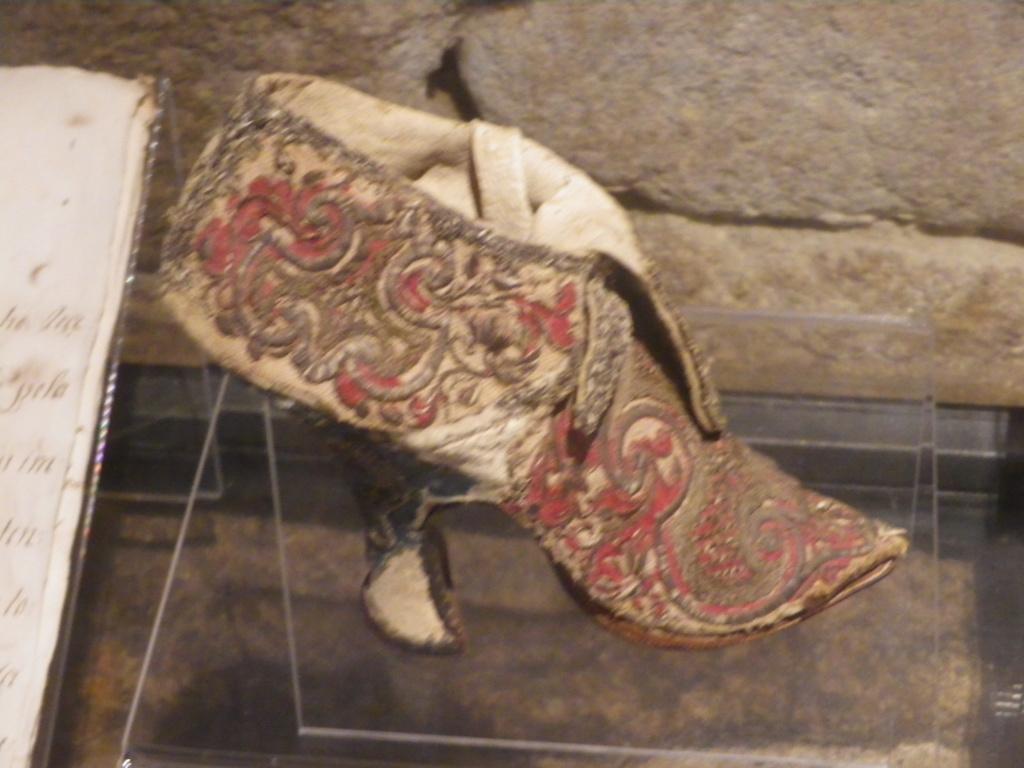 Chaussures et souliers du XVIIIe siècle Imgp1472