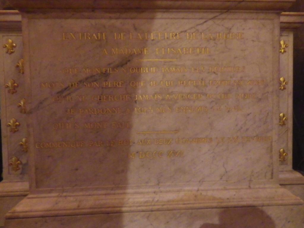 La cellule de Marie-Antoinette à la Conciergerie   - Page 6 Imgp1756
