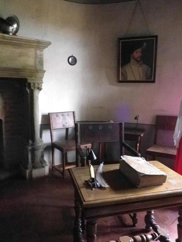 A 30 km au sud de Lyon,  le château de Septème Imgp2671