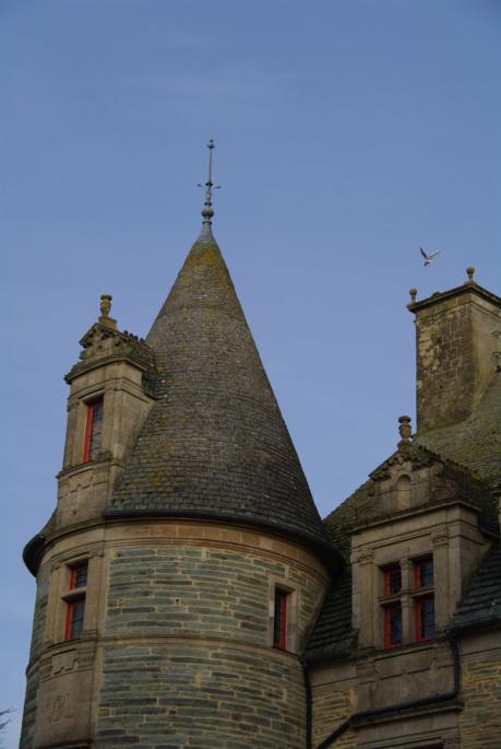 Le château des Ravalet,      et Tocqueville ... Imgp4315