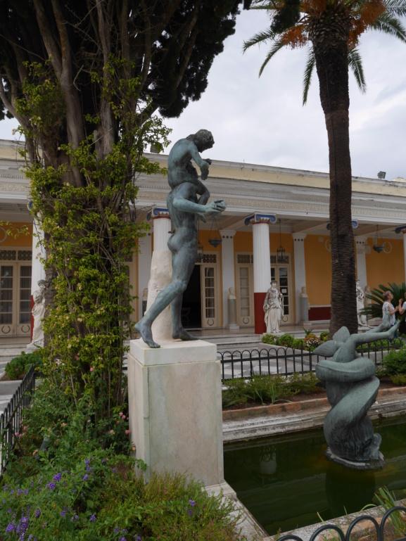 Achilleion, le palais de l'impératrice SISSI  P1070835