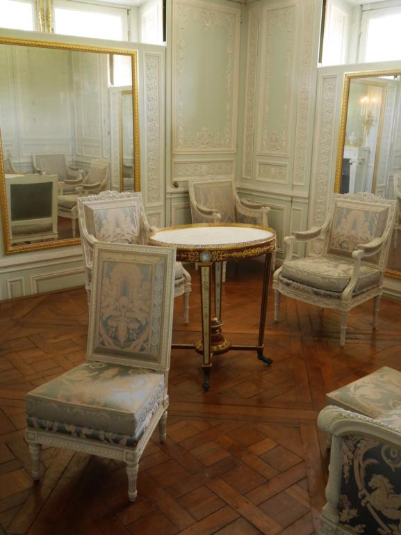 Boudoir ou Cabinet des glaces mouvantes au Petit Trianon P1080466