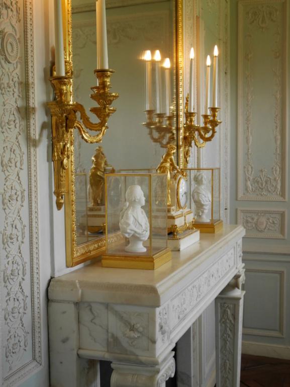 Boudoir ou Cabinet des glaces mouvantes au Petit Trianon P1080467