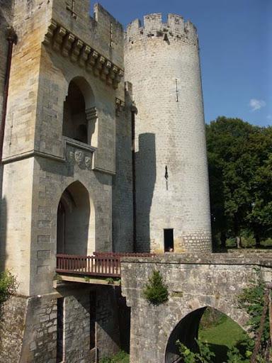 Le château de Roquetaillade Unname63