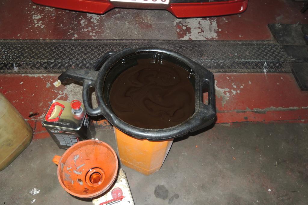 Vidange huile couleur brun chocolat  Dscn4110