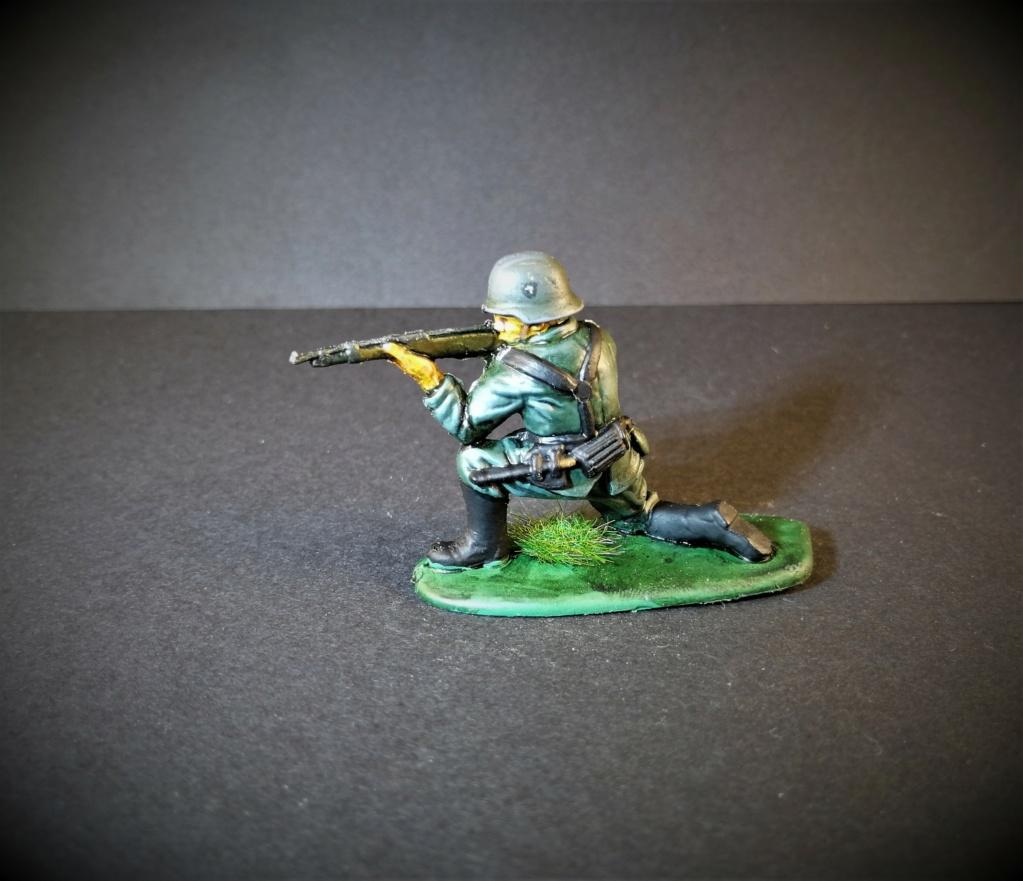 Soldat allemand marque Matchbox 1/32 Img_2648