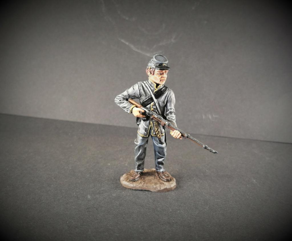 Soldat sudiste marque Monogram 54mm Img_2787